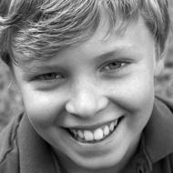 Photo d'un jeune garçon blond